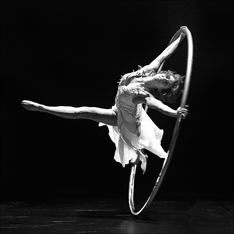 Nicole Oestreich ... -