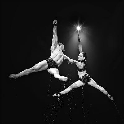 Nicole Oestreich ... - Artista - Circo Aquatico ...