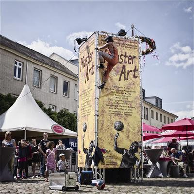 Nicole Oestreich ... - Banner mit EL Kote Bad Oldesloe Pflaster-Art
