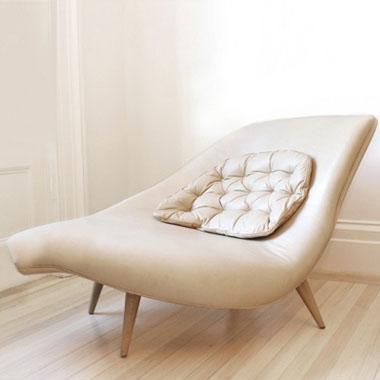 Tori Golub Interior Design - CURVE CHAISE