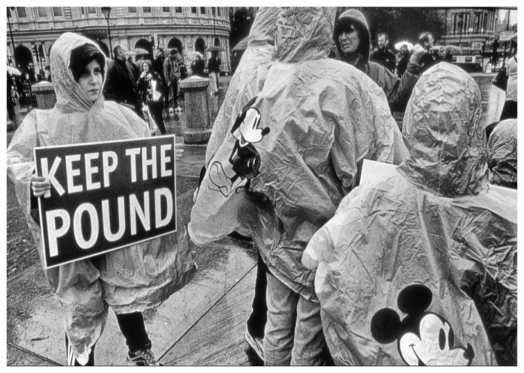 Simon Larson Photography - Keep The Pound #1, Demonstration, Trafalgar Square, London