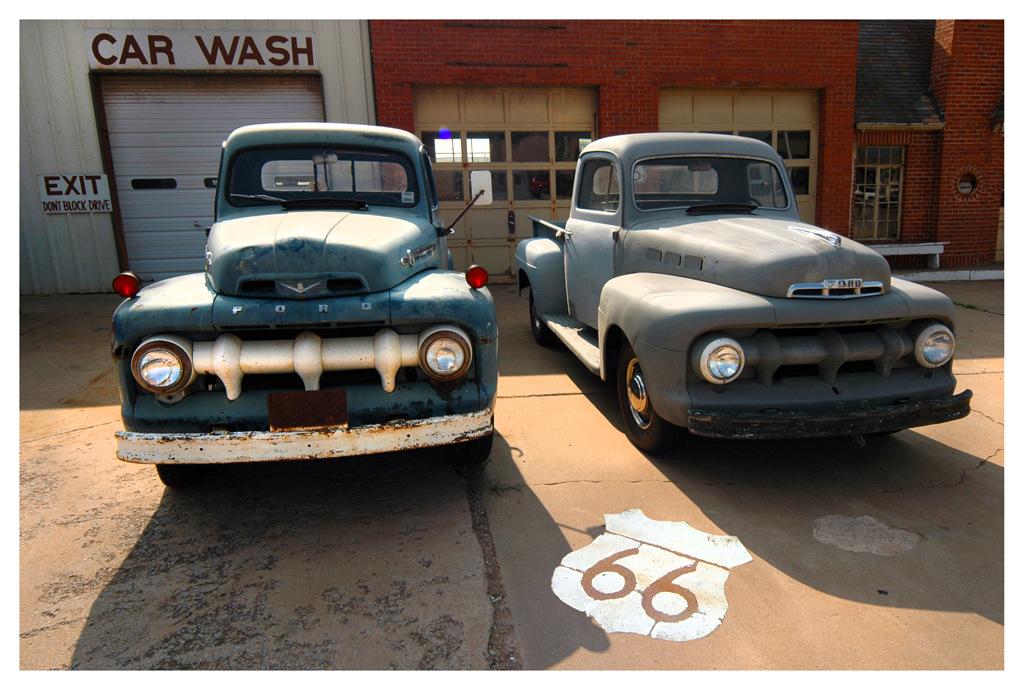 Simon Larson Photography - Garage, Route 66