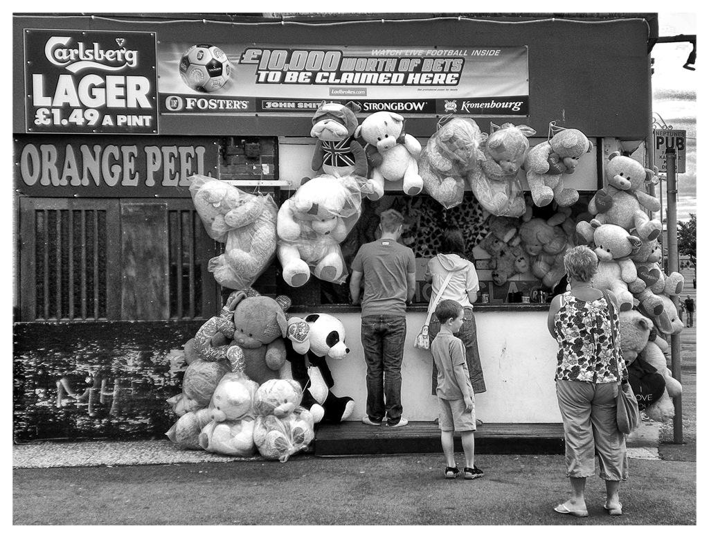 Simon Larson Photography - Street Corner, Rhyl