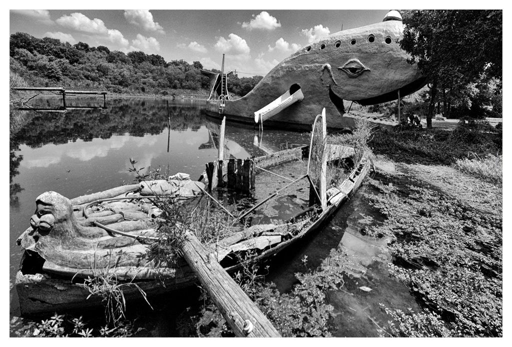 Simon Larson Photography - The Blue Whale, Catoosa, Oklahoma, Route 66