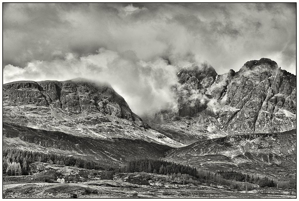 Simon Larson Photography - Bla Bheinn and Clach Glas, Torrin, Isle of Skye