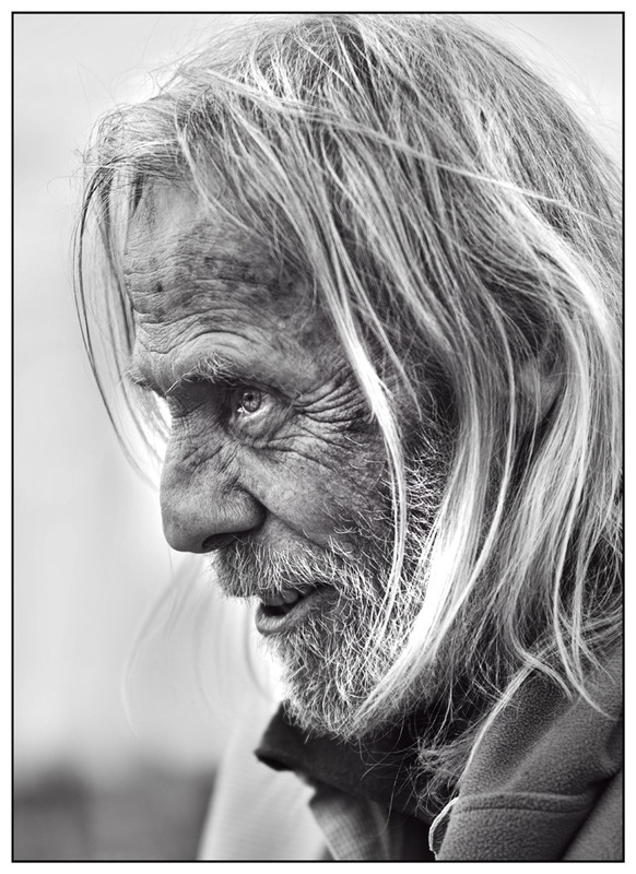 Simon Larson Photography - Deep in conversation