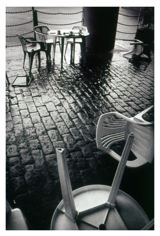 Simon Larson Photography - Café in the rain, Liverpool