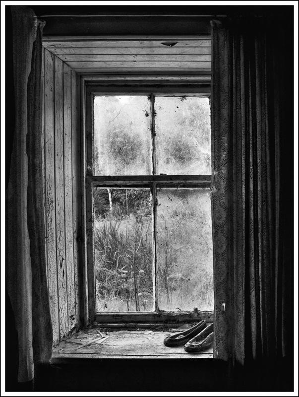 Simon Larson Photography - Abandoned Shoes, Old Croft House