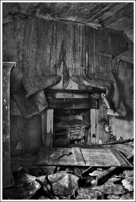Simon Larson Photography - Interior of abandoned Croft House, Garve
