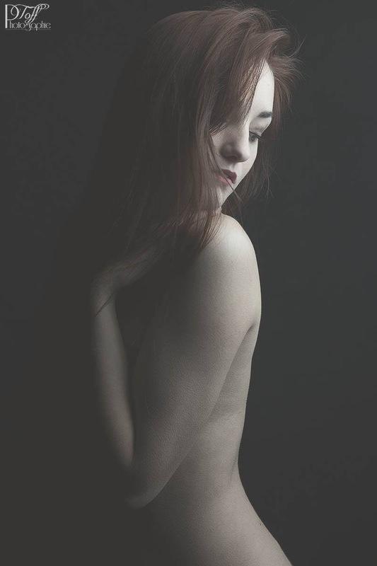 clemencemodele - Intimacy, par Christophe Varin, tous droits réservés