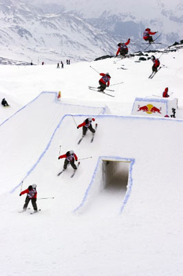 PaoloCipriani Imagestalk - Redbull SnowPalio in Cervinia. Redbull photofiles.