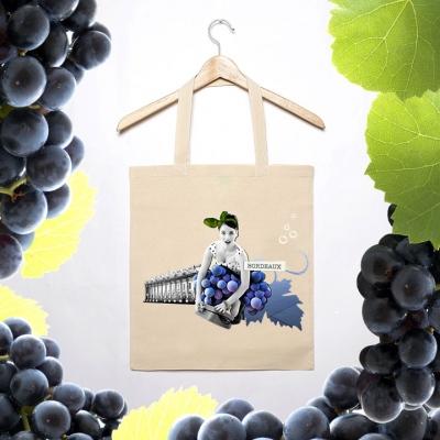 Sandra Le Garrec - Graphic Designer - Les PinUp Fruitées