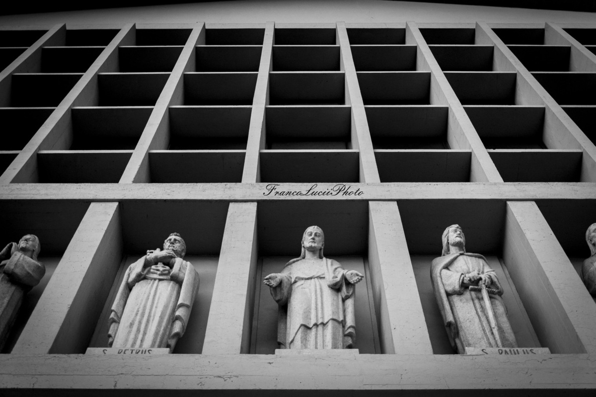 FrancoLuciiPhoto FLP - Florence,Churchs Divina Provvidenza, partial.