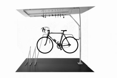 chauvinamandine - Atelier de réparation pour vélo, 2012.