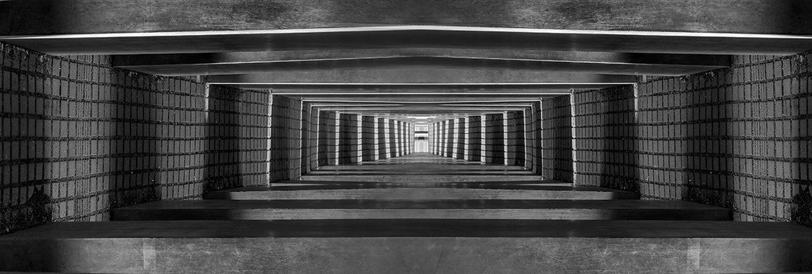 Lukas Jusewicz - Mirror 02