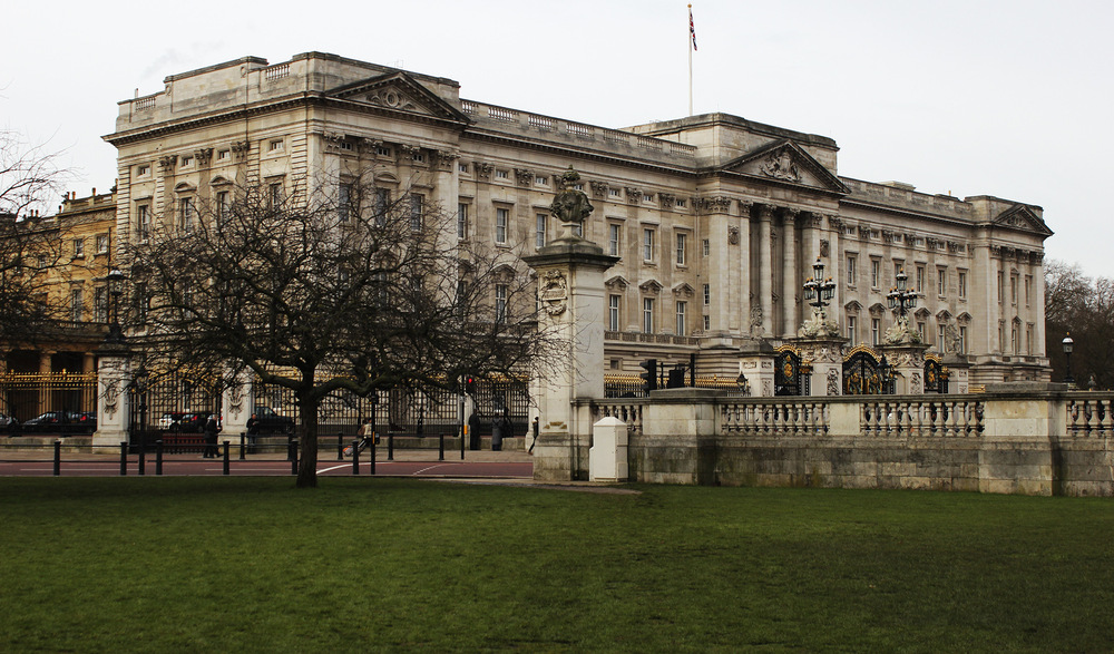 Whos That Girl - Buckingham Palace