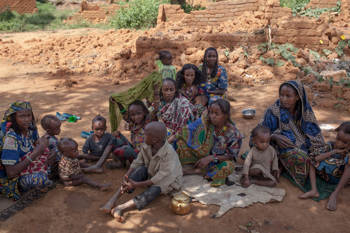 Adrienne Surprenant - Ardo Idrissa, 55, and his family, who are Muslim, live in the half-burned houses abandoned by the Christians who took refuge in the camps. They said they were attacked by anti-balakas in another village several times. They lost more than 100 cattle and came to Alindao to be protected by the UPC and the UN. Idrissa says they will stay here indefinitely because of growing insecurity throughout the countryside.