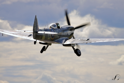 Winedale Photography - Spitfire into the sky