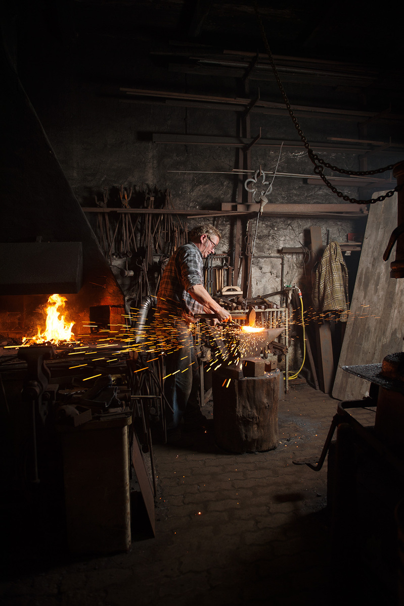 Mareike Timm | Photo Journalist - Blacksmith Fischer is the fourth generation smith and still working in the old smithery from 1896. Freelance, 2016.