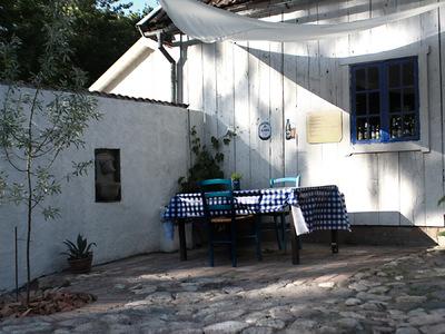 studio svart ateljé vit - Dagnys tavern in Kränge