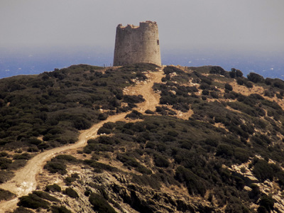 studio svart ateljé vit - Defense Tower on the hill at Sardinia