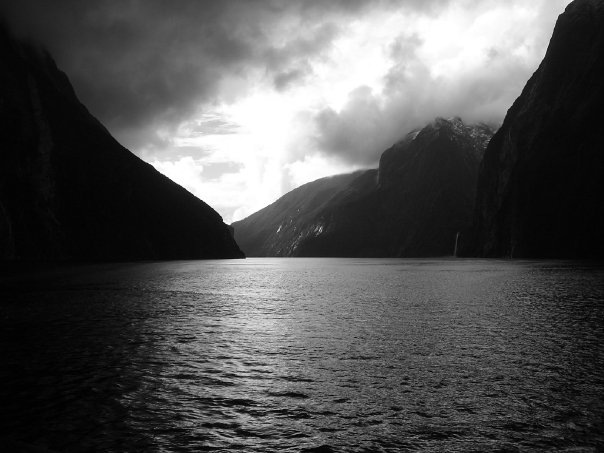 COLOUR-AND-SHAPE Photography - Milford Sound, New Zealand - 2005