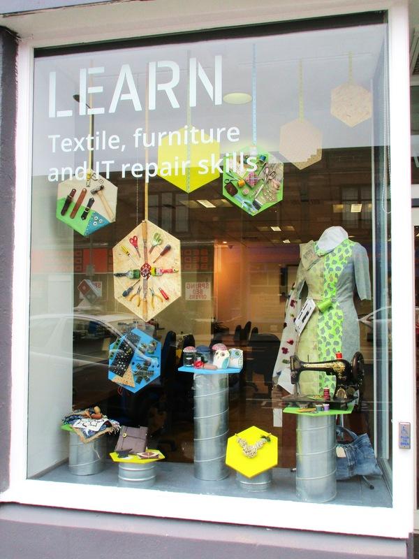 WINDOW DISPLAYS I EVENT STYLING I PROPS I CUSTOM ARTWORK I EDINBURGH - Window Display to promote different workshops