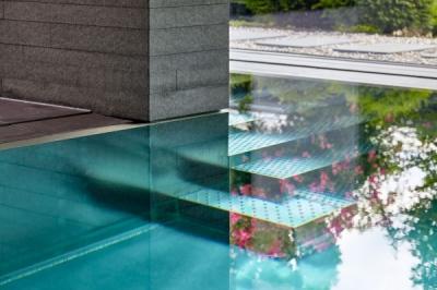 Nicolas Felder - Schwimmbad H