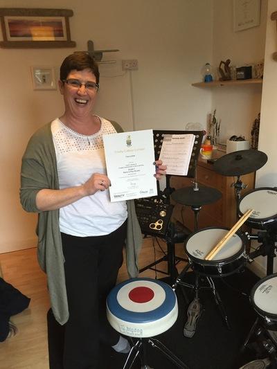 Pro Play Music - Tina Little Age: 39 Grade 1 Distinction