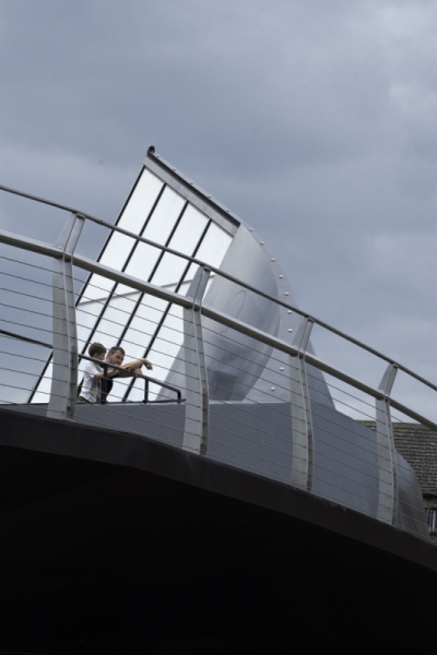 Merrett Houmøller Architects - Swing Bridge