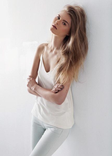 Anne Flink Make Up & Hair -