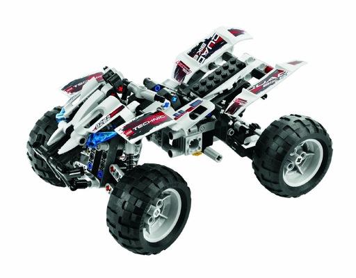 PORTFOLIO - Carl Hansols - Legobil byggd i verkligheten