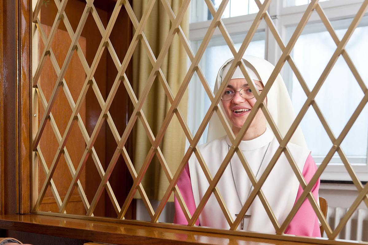 Pressefoto Georg Moritz // Berlin - Nonnen hinter Gitter