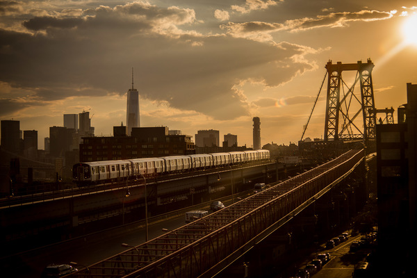 David Wallace Shoots Photographer - Williamsburg sunset.