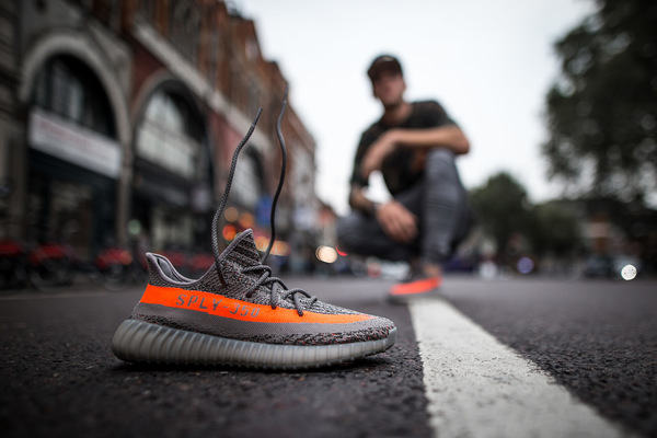David Wallace Shoots Photographer - Yeezy Boost 350 V2