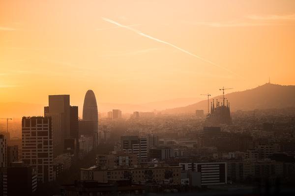 David Wallace Shoots Photographer - Barcelona