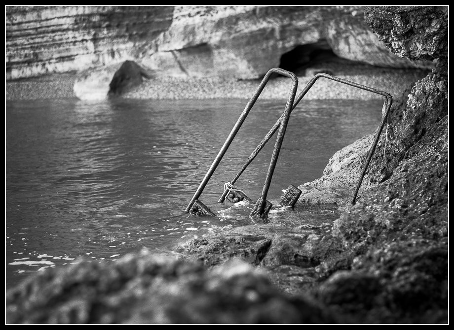 J·C DELVAUX - - Grand Bassin -