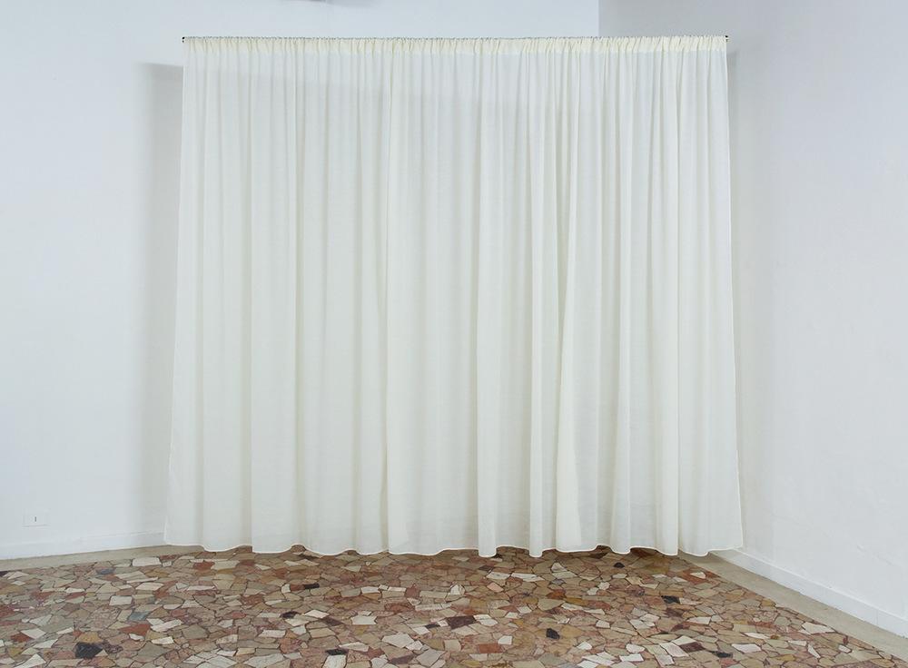 PLACENTIA ARTE - interlude cloth + brass bar cm. 280 x 330, 2016 ph. credit Marco Fava