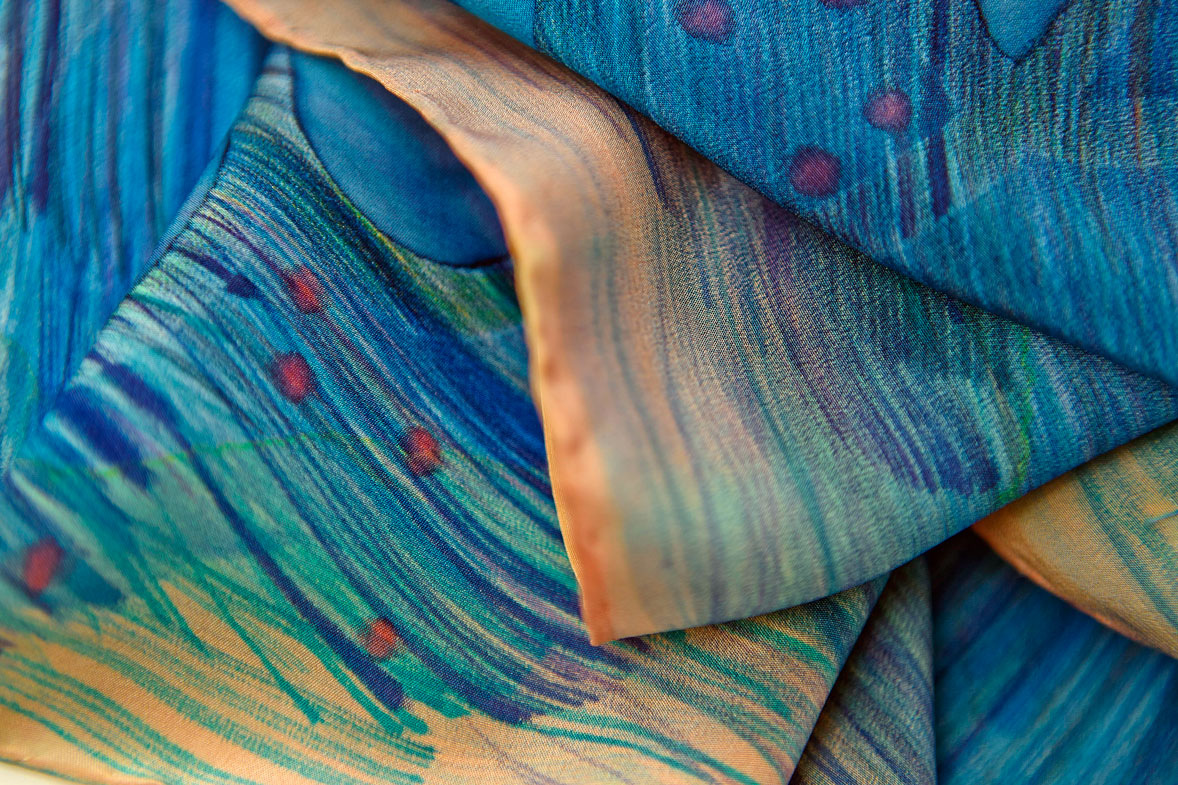 Maria Kravets Textile Design - Crepe de Chine Cloth, Detail, photo: Dasha Zorkina