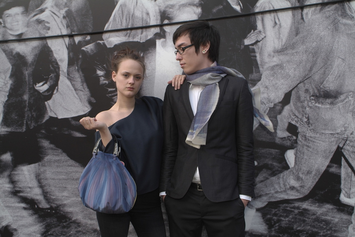 Maria Kravets Textile Design - Crepe de Chine Bag and Woolscarf, photo: Eckard Jonalik