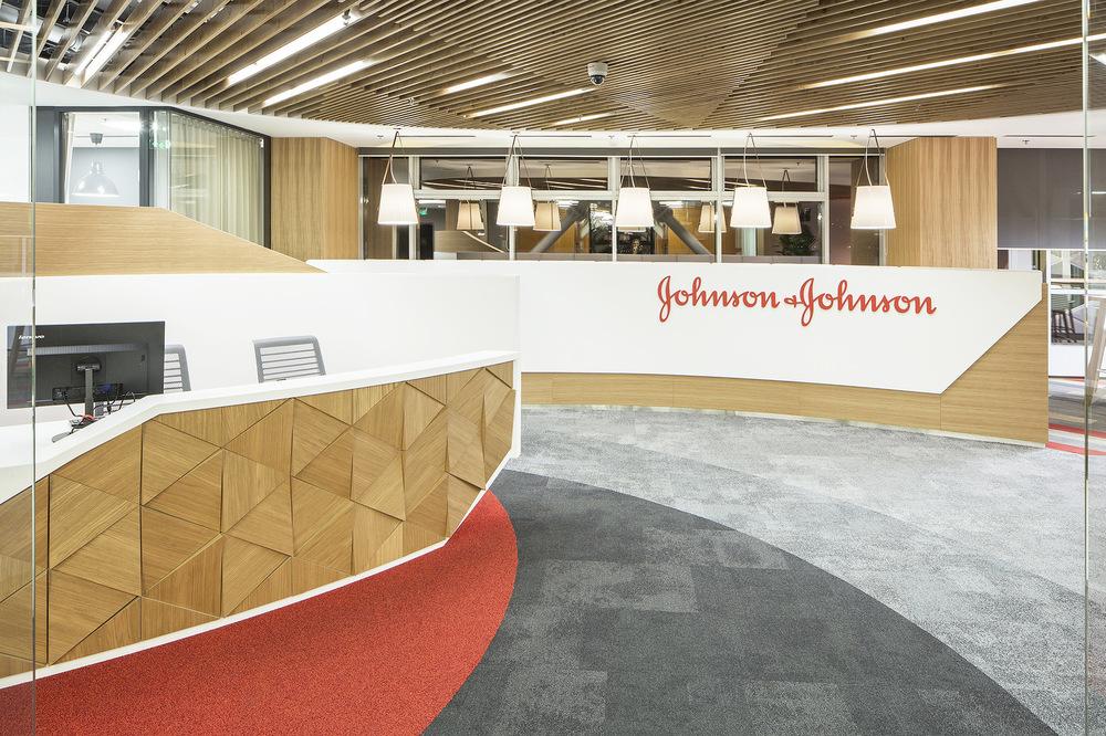 sebastian apostol - Johnson & Johnson // Ama Design