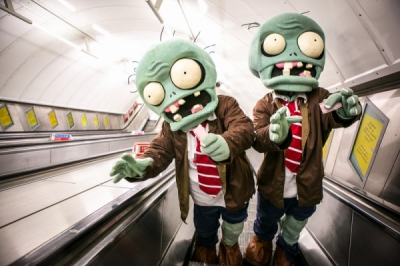 EVERYNIGHT IMAGES - London based photography agency - VICTOR FRANKOWSKI: PLANTS VS ZOMBIES