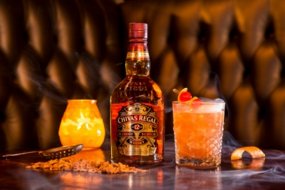EVERYNIGHT IMAGES - London based photography agency - DEBBIE BRAGG: CHIVAS REGAL