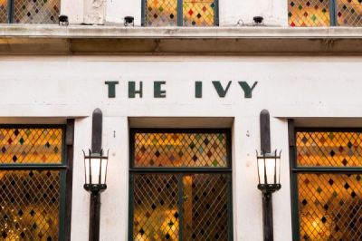 EVERYNIGHT IMAGES - DEBBIE BRAGG: THE IVY