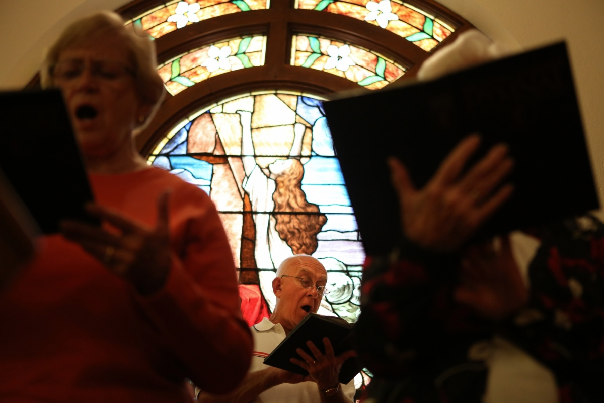 Jennifer Gonzalez | Multimedia Photojournalist - Jim Beers, of Chester, IL, sings with the choir during Sunday's worship service at The First Methodist United Church. Beers has been a member of the church for 61 years and has been singing with the choir for 27 years. He attends church every Sunday with his wife and four children.
