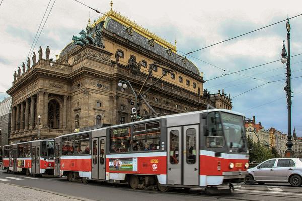 Kai Michael Neuhold - Fotojournalist - Straßenbahn in Prag (Tschechien)