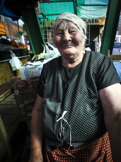 Tobbe Malm Photography - Babushka Ivano-Frankivsk Ukraine
