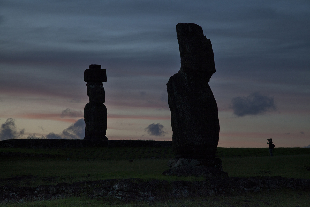 linda cartridge photographer and artist - Ahu Tahi Easter Island