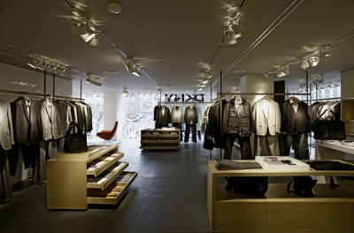 RM Retail -