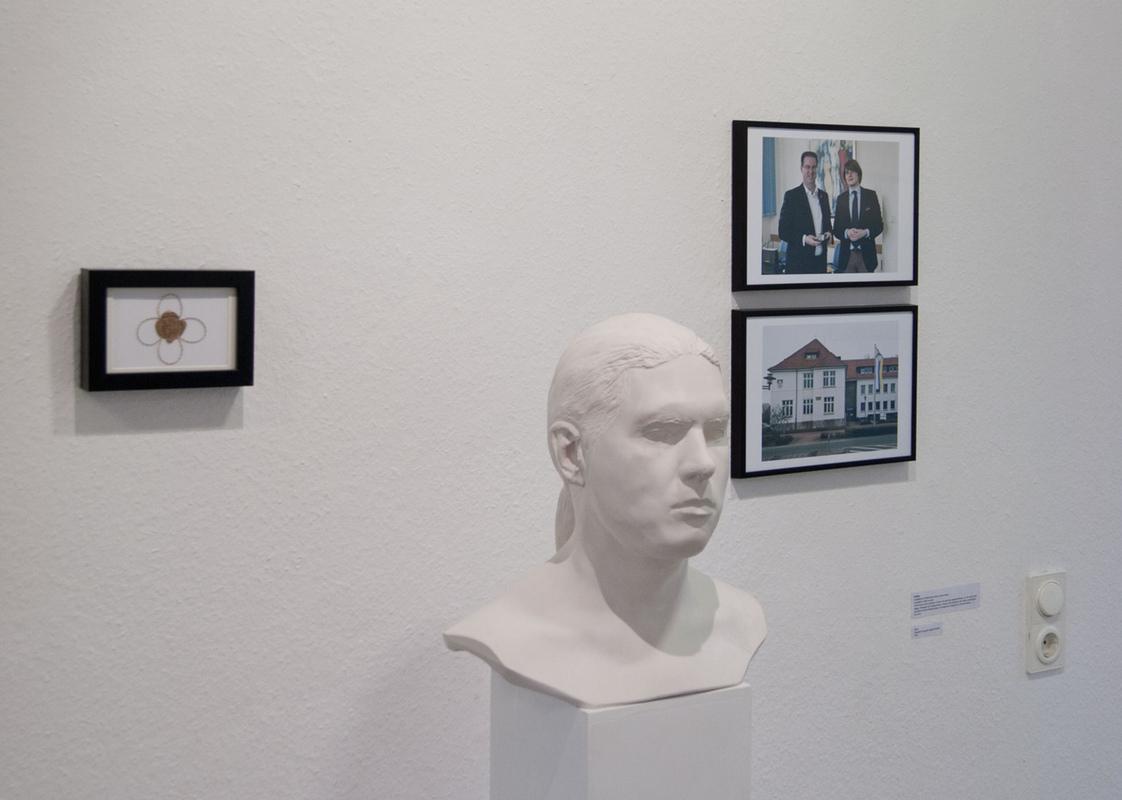 Philipp Valenta - Ausstellungsansicht der Dokumentation, Städtische Galerie Petershagen, 2014